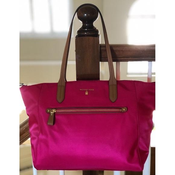 bd4fd06eaa83 Michael Kors Bags | Md Sale Nwtmk Kelsey Large Pink Nylon Tote ...